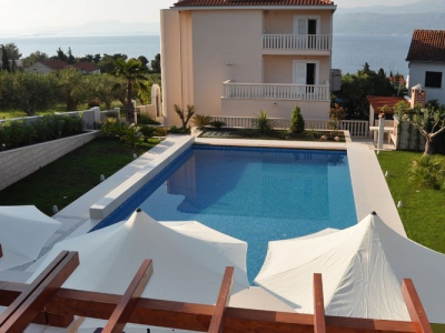 Sail & stay villa